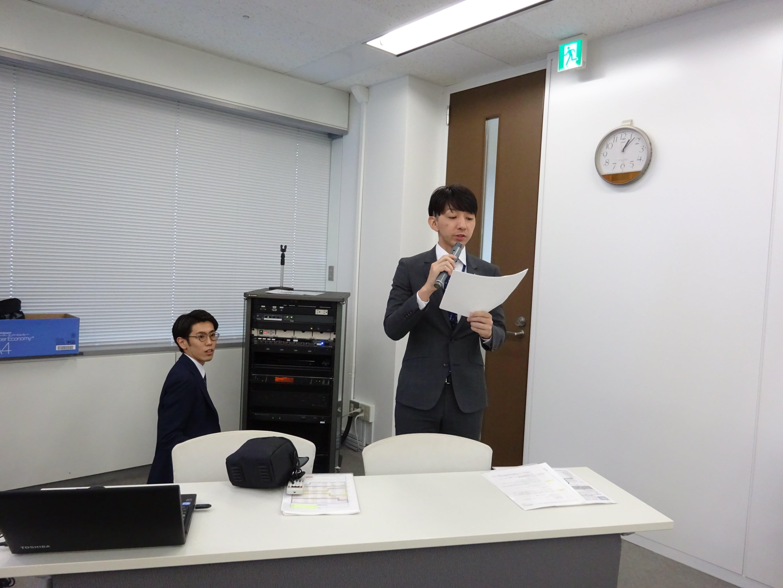 01司会練習風景-min